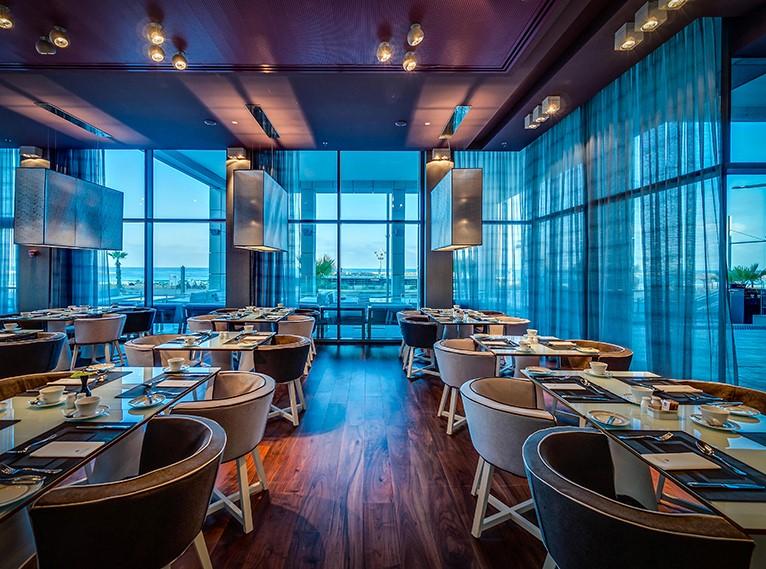 West Side Restaurant Tel Aviv